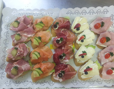 Partyservice vesperecke ludwigshafen oppau for Canapes ideen